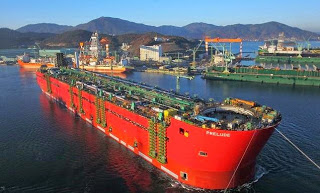 kapal apung terbesar