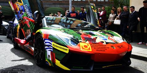Modifikasi Lamborghini Aventador motif bola