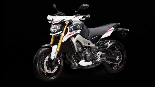 2014-Yamaha-MT-09-Street-Rally-EU-Tech-Graphite-Static mt 09
