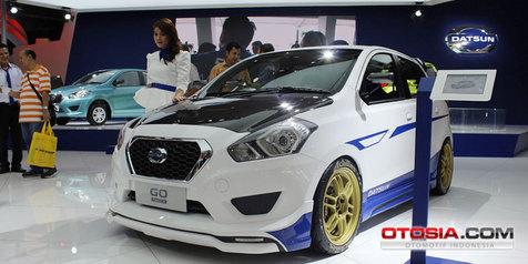 modifikasi-datsun--sporty--seperti-di-iims 2014