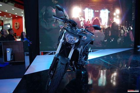 Yamaha MT-09 siap mengaspal di tahun 2015 1